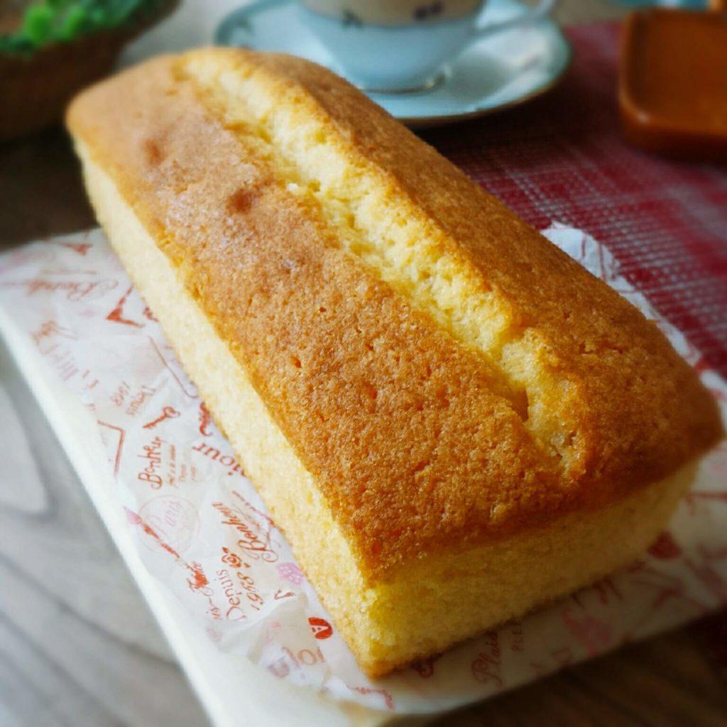 パウンドケーキ ふわふわ しっとり サラダ油 レシピ