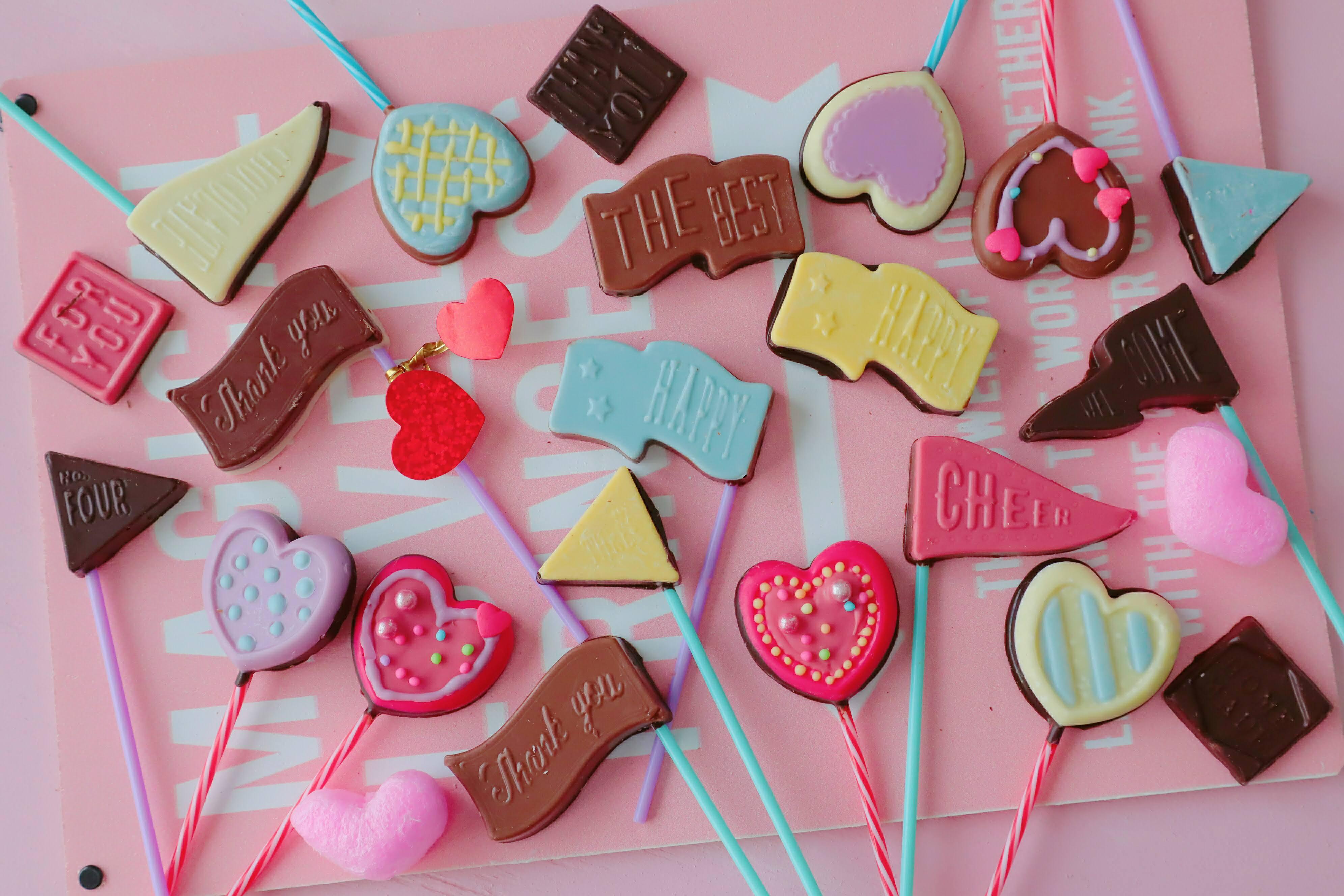 ロリポップチョコレシピカラフルでかわいいバレンタインの簡単大量