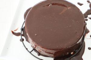 つやつやチョコレートケーキ