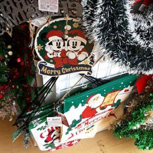 ダイソー クリスマスタペストリー
